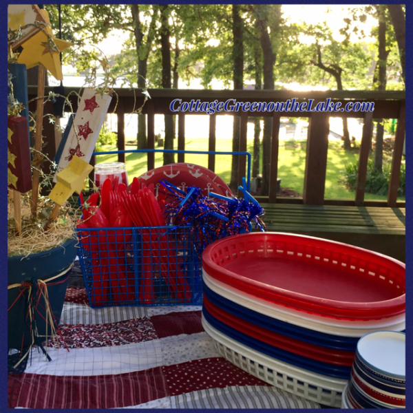 outdoor table setting.png