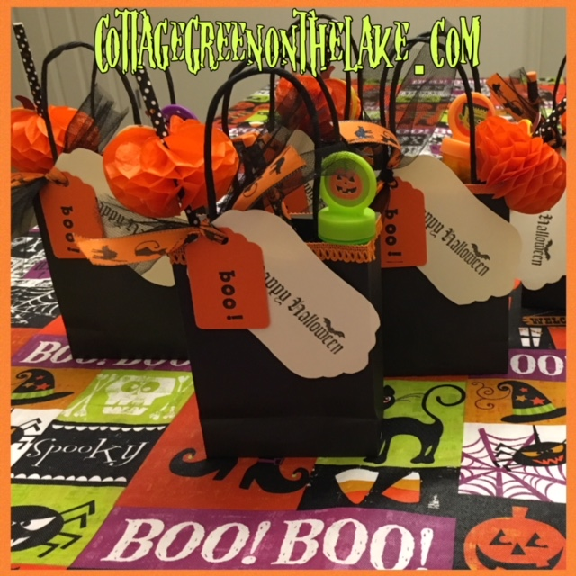 DIY Halloween Treat and Favor Bags