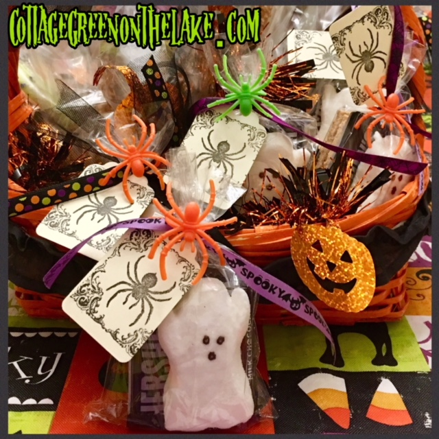 "Halloween Tablescape ""Trick or Treat … Give Me Something Good to Eat!"""