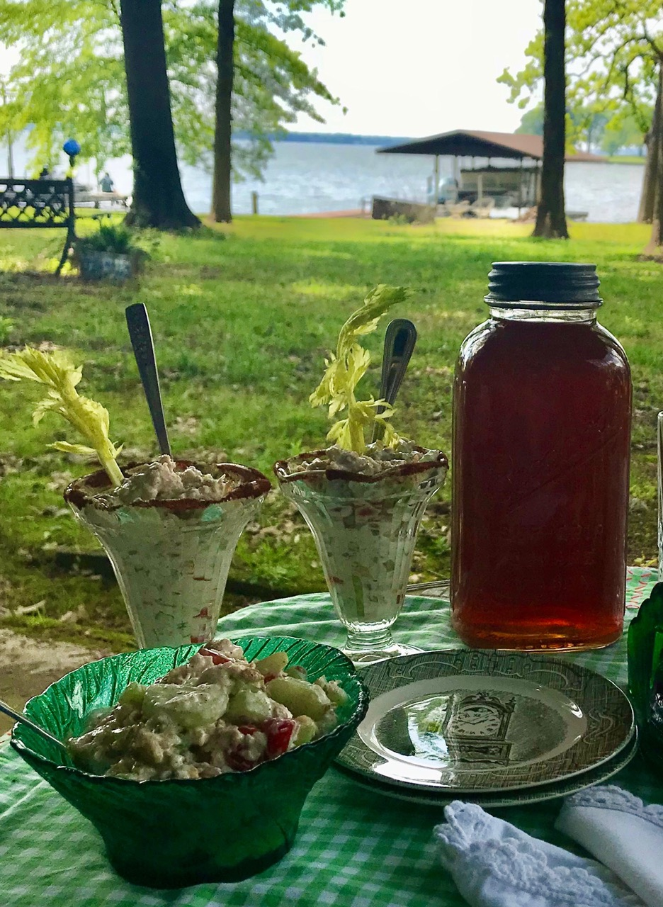Lakeside Spring Picnic and Recipe for Chicken and Cucumber Salad